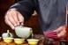 Forró vízzel öntötte le vendéglátóját egy férfi Szekcsőn, életveszélyes sérüléseket okozott