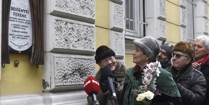 Emléktáblát avattak a 100 éve született Bessenyei Ferenc tiszteletére