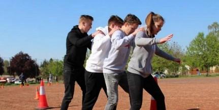 Taroltak a mohácsi diákok az ifjúsági katasztrófavédelmi verseny döntőjében