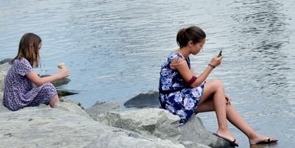 Bár folyamatosan apad a Duna, egyelőre nem várható a tavalyihoz hasonló vészes apály