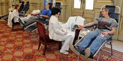 Uszodabelépőt, éttermi kedvezményt is kapnak a Mohácson vért adók