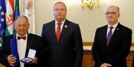 Peti Kovács István kapta Baranya művészeti díját - Szekó Józsefről is megemlékeztek