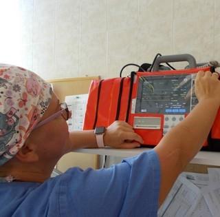Új életmentő berendezésekkel gyarapodott összefogás révén a Mohácsi Kórház