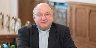 Bacsmai László: először embernek kell lenni, utána papnak - A szívével szolgál