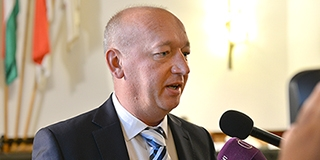 Pávkovics Gábor Mohács új alpolgármestere, Csorbai jelöltje ismét elbukott