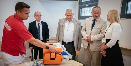 Korszerű lélegeztetőgépet kapott ajándékba a pécsi sürgősségi