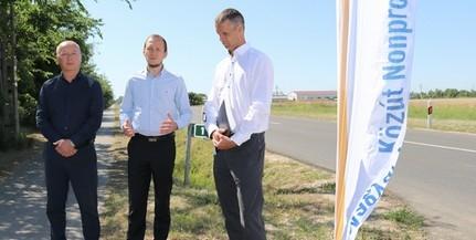 Hivatalosan is átadták a csaknem 300 millióból felújított Budapesti országutat
