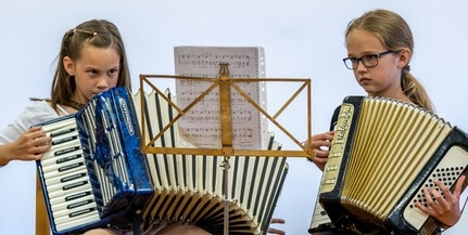 Egyre több véméndi iskolás találkozik a hagyományos magyarországi német fúvós zenével
