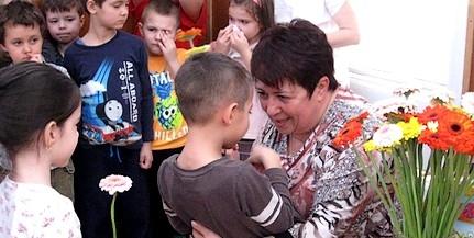 Kovacsicsné Földes Rita, a gyerekektől elbúcsúzott mohácsi óvónő a megyei kitüntetett