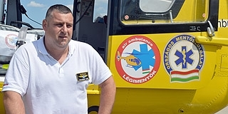 A hétköznapokon és a versenyeken is bajnok Hirschinger Tamás, a mentős elit alakulat mohácsi tagja