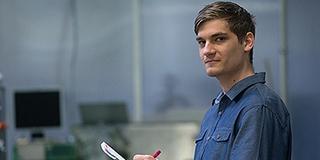A MÉH-ből hordta haza a kacatokat Handler Balázs, most 3D-s háznyomtatót tervez