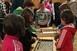 Ültettek, közösen énekeltek a tanárok és a diákok Lippón, s a boldogságórát se hagyták ki