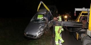 Végzetes ütközés: a motoros a helyszínen, az autó vezetője a kórházban halt meg