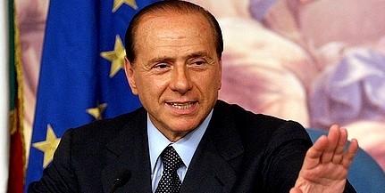 Berlusconi levélben gratulált Orbánnak: éljen, éljen, éljen!