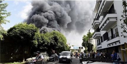 Hatalmas tűz ütött ki a fővárosban, egy raktárépület ég