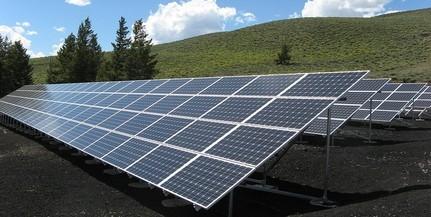 Napelemes rendszereket létesítenek az OMSZ mentőállomásain