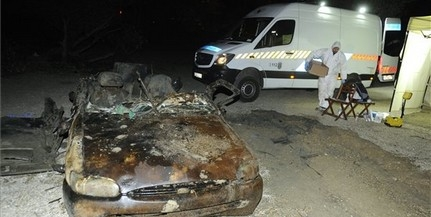 Holttestet rejtő autóroncsot találtak a Dunában