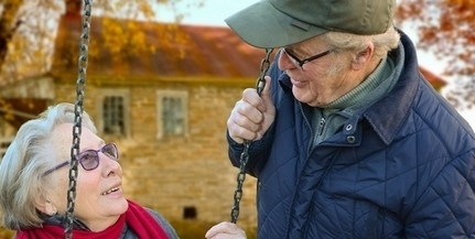 Rémhír, hogy nem utalják át pénteken a nyugdíjakat