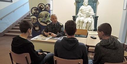 Pécs után Mohácson folytatják a határvadászok toborzását