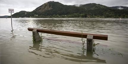 Vízügy: lassan vonul le az árhullám a Dunán és a Tiszán