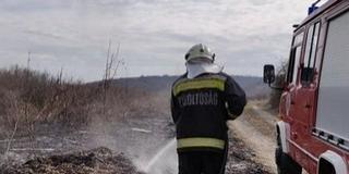 Több mint hétezer szabadtéri tűzhöz riasztották a tűzoltókat