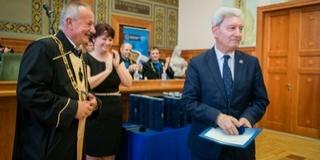 Rector Emeritus címet kapott a PTE Szenátusától Bódis József