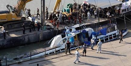 Az utasok figyelmeztették a Viking kapitányát az ütközésre