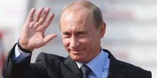 Feljelentették Putyin polgártársat sisak nélküli motorozásért