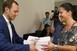 Leadta a Fidesz-KDNP megyei listavezetője, Őri László az ajánlószelvényeket