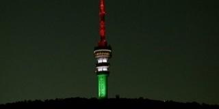 Nemzeti színekbe borul szerda este a tv-torony, a forradalom hősei előtt tisztelegve