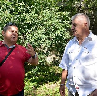 Jónás Ferenc Megyeri Károllyal is közösen faragta a házi gólkirályok szobrait