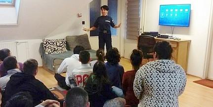 A mohácsi lakásotthonban tartottak bűnmegelőzési előadást