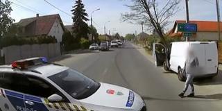 Összecsapott két sofőr, a rendőrök vetettek véget a párbajnak - Videó!