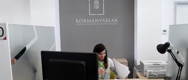 Pécsett és Mohácson is az ügyfelek igényeihez igazították a kormányablakok nyitvatartását
