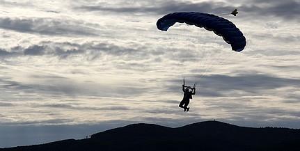 A halálba ugrott egy ejtőernyős Somogyban