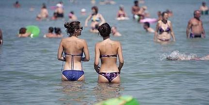 Hőséggel, napsütéses időjárással búcsúzunk a júliustól - Irány a strand!