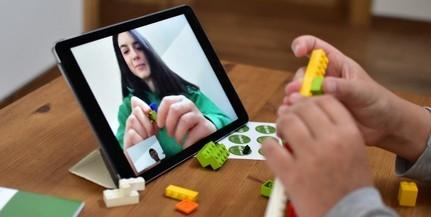 Ingyenes kézségfejlesztő online programot kínálnak gyerekeknek