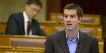 A baloldali politikusok egy spekuláns pénzéért hazaárulók