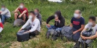 Két külföldi embercsempész ellen emelt vádat az ügyészség Mohácson