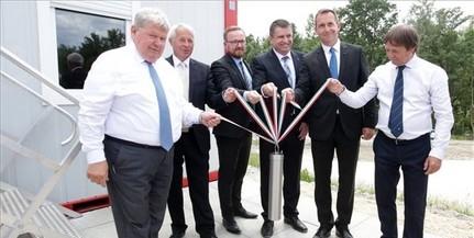 Letették a paksi új Duna-híd alapkövét