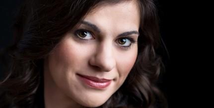 Díjat kapott a Pécsi Nemzeti Színház ifjú művésznője