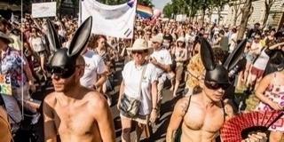Szeptemberben parádéznának a homoszexuálisok Pécsett - Szerintük bárhol szabad