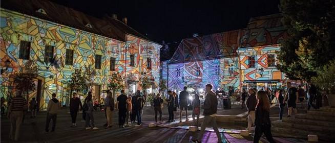 Jön a Zsolnay Fényfesztivál, szenzációs produkciókat, alkotásokat láthatunk