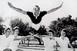 Meghalt Mr. Cheerleader, aki az egyetemről indított el egy iparágat