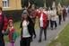 Tízezernél is több iskolás és nyugdíjas gyalogolt