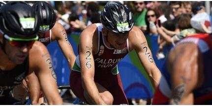 Nagy magyar sikert hozott az U23-as triatlon Eb