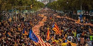 Erőszakkal akadályozzák a spanyolok a katalán népszavazást